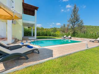 Seven Springs Villa Apollon
