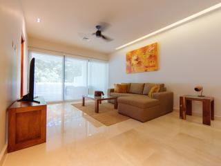 AMAZING TERRAZAS 2BR CLOSE TO THE BEACH, Playa del Carmen