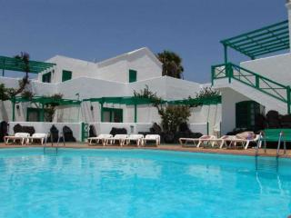 APARTMENT ZILISTI IN COSTA TEGUISE FOR 3P