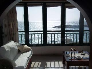 APARTMENT FAZINZI IN PLAYA BLANCA FOR 4P