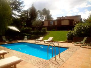 Fabulous country villa in Airesol D, only 25km from Barcelona!