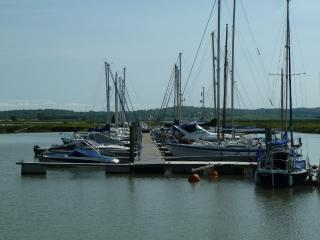 Old Yacht in North Fambridge Essex sleeps 4