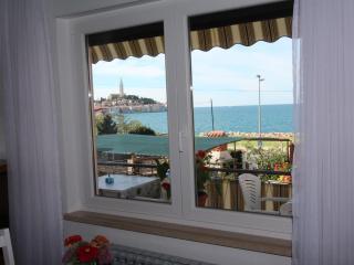 BELLA VISTA One-Bedroom Apartment with Sea View 2, Rovinj