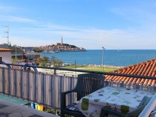 BELLA VISTA Comfort One-Bedroom Apartment with Sea View 4, Rovinj