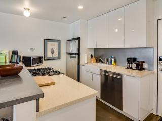 Modern And Luxurious 1 Bedroom, 1 Bathroom Lovely Home, San Francisco