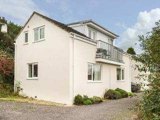 3 FOREST PARK LODGE, on small holiday resort, en-suites, balcony, parking, in High Bickington, Ref 922753, Chittlehamholt