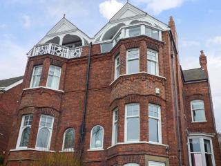 LIQUORICE HEIGHTS, Edwardian holiday home, en-suites, woodburners, pet-friendly, in Lincoln, Ref 931010