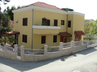 Apartmant near the beach in Marjan forest area, Split
