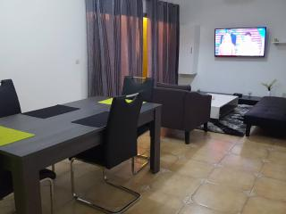 APPARTEMENT GOLF B, Abidjan