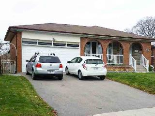 Lower Apartment in Raised Bungalow, Mississauga