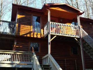 Luxurious 4br 3ba Cabin for rent in Gatlinburg TN