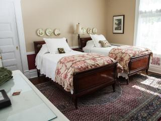 Mellor House Bed & Breakfast - Room 2, Pittsburgh