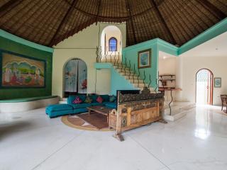Villa Parvati - Affordable 3 bedrooms villa Legian