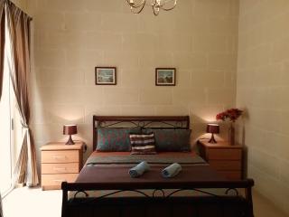 Globetrotter Guesthouse - Standard Double, Ghajnsielem