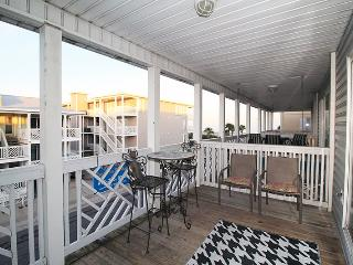 South Beach Ocean Condos, South - Unit 7 - Just Steps to the beach - Ocean View