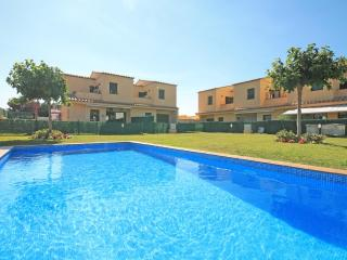 "A special holiday home for rent in L""Escala"