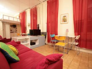 Petit Marais Studio (232)