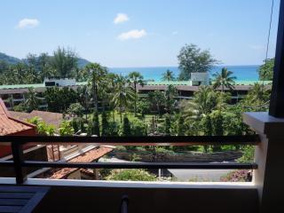 Kata Noi Apartment - Bay Views