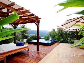 2-Bed Penthouse w/ Private Pool in Kata, Kata Beach