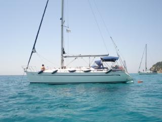 Papoulakis Yachting - Bavaria 38 Cruiser 2008