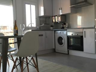 Beautiful apartment with terrace in Ruzafa! WIFI, Valencia