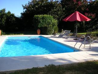 Beausoleil - 4 cottages & 2 pools set in 12 acres, Lauzun