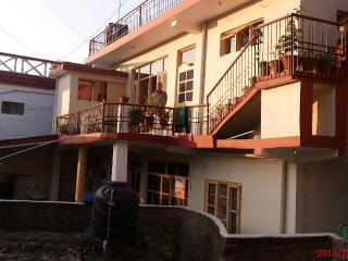 Raj mehar guest house, Baijnath