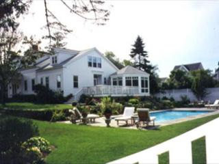EXQUISITE, LUXURY IN-TOWN EDGARTOWN HOME WITH POOL, Edgartown