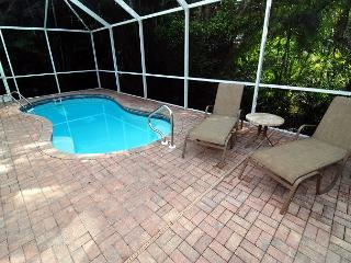 Near beach home with pool in Captiva Village area