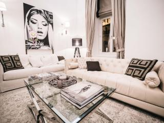 Tiffany luxury apartment in heart of Budapest