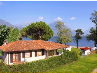Trilocale in villa a Domaso per 8 persone ID 313