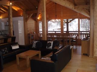 Stunning 4 bedroom duplex apartment, Morzine