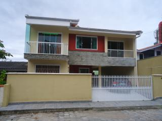Nice house near Beto Carreto Park