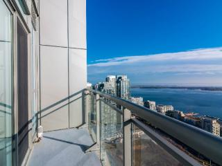 Luxury Building! Brand New 2 bdrm Penthouse