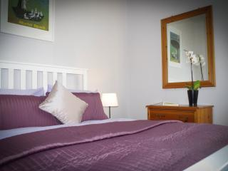 Cosy, central flat 10 mins main city attractions, Edinburgh
