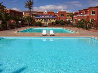 P1  ROMANTIC & SUNNY APARTMENT NEAR DUNES. 2 POOLS, Corralejo