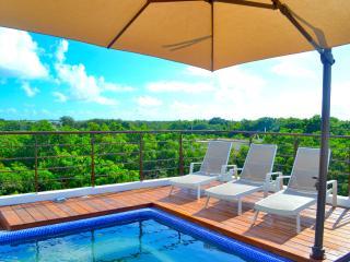 Sky Pool, Amazing Views Suite (2)
