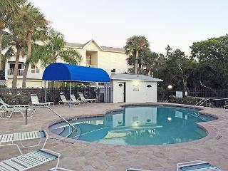 Expansive Views, Walk to Beach and Grocer, Anna Maria Island Vacation Rental, Bradenton Beach