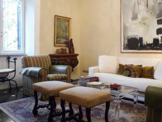 Perfect Refined Apartment Spanish Steps-Minerva, Rome