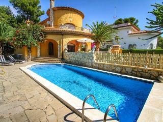 B11 MORENO nueva villa, piscina privada, jardín, Miami Platja