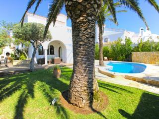 B18 SULA villa con piscina privada cerca del mar, L'Hospitalet de l'Infant