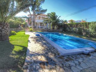 B21 CALIFORNIA villa piscina privada y gran jardín, Miami Platja
