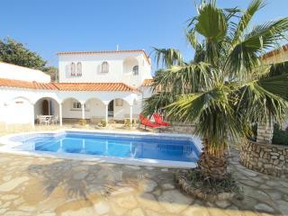 B34 VIENA gran villa con piscina privada, Miami Platja