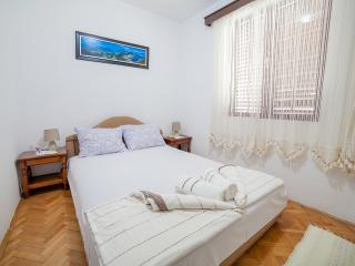 Rooms Garden - Standard Double Room 2, Petrovac