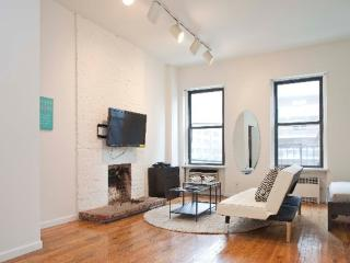 Furnished Apartment at 1st Avenue & E 76th St New York, Nueva York