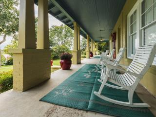 Historic Manor House-Luray VA-Sleeps 16