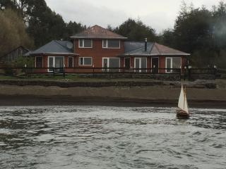 Front lake House Puerto Varas