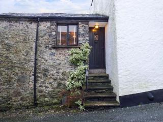 HIGH HOUSE, stone, end-terrace cottage, multi-fuel stove, summerhouse