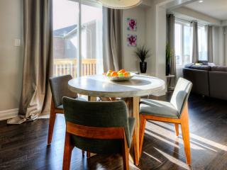 Luxurious 4 Bedroom Kitchener Home