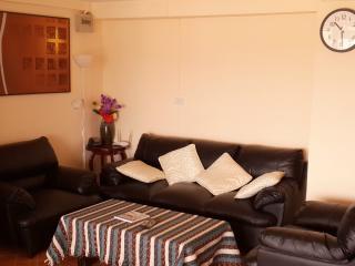 Vast 2 bedrooms condo, fully equipped., Hua Hin